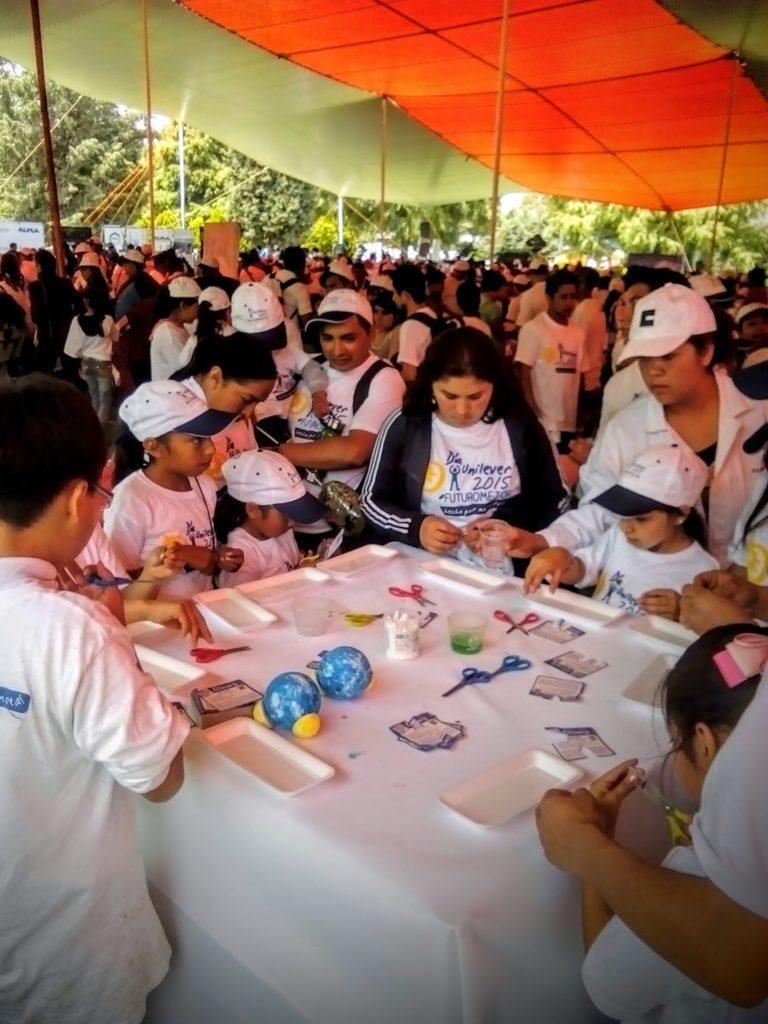 Stand de ciencia , evento empresarial Unilever